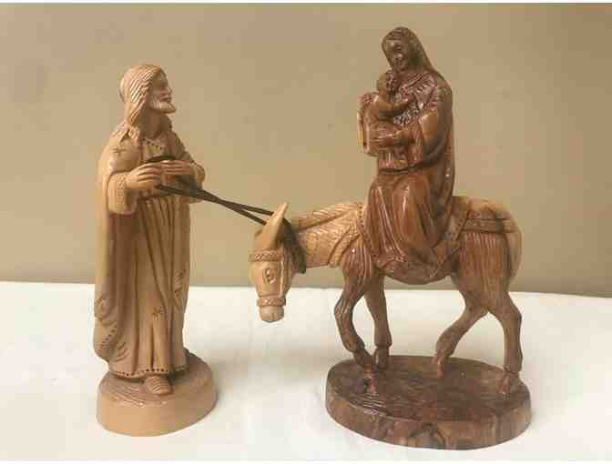 Carved wooden Sculpture of the Holy Family from Bethlehem - Photo 1