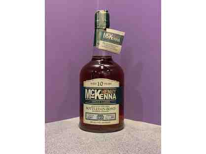 Bottle of Henry McKenna Single Barrel 10 Year
