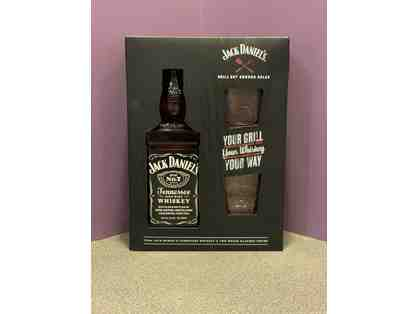 Bourbon - Jack Daniels and glasses