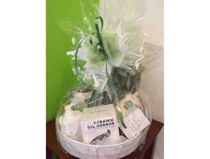 Wen & Ware Living Hamper