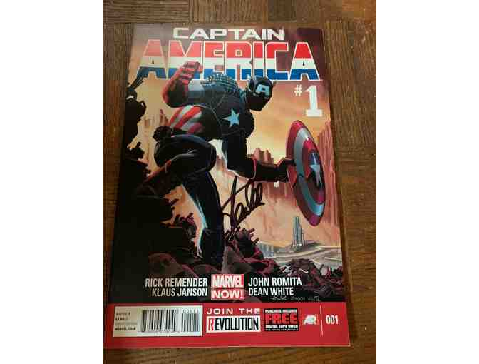 Captain America Stan Lee Autographed Comic Book