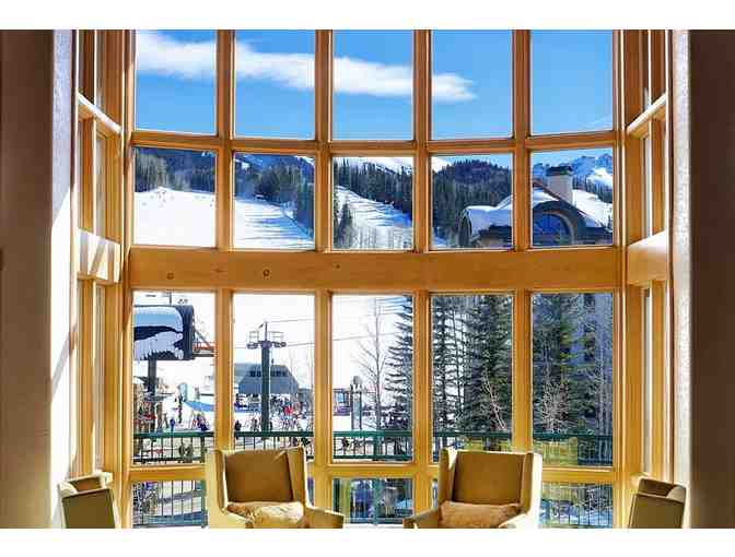 1 Week Luxurious Stay in a 3 Bedroom Mountain Village Residence in Telluride, Colorado