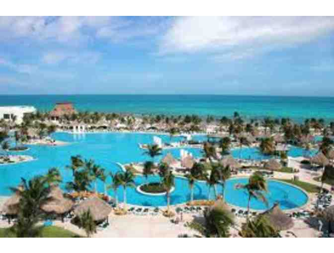 7 Nights in AAA 4-Diamond Resorts at Choice of 5 Grand Mayan Resorts in Mexico - Photo 3