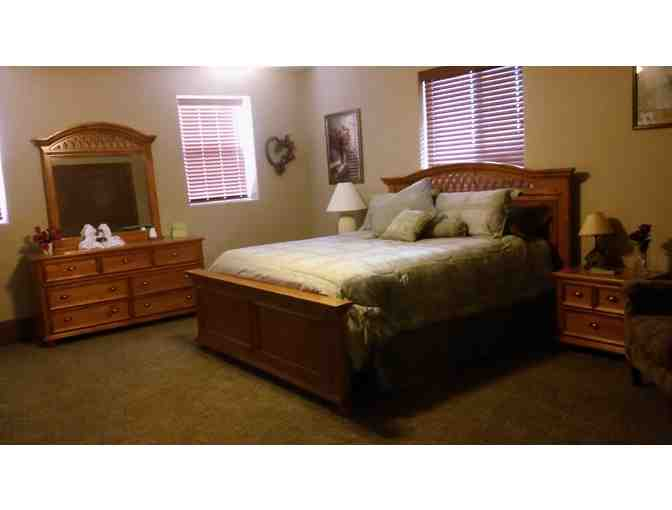 Cedar City, UT - Peaceful Dwelling Inn - 2 night stay with dinner for two
