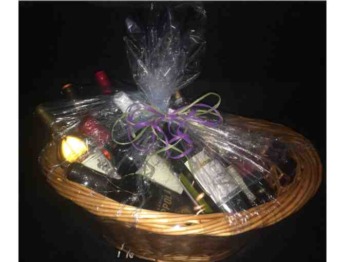 1A Class Wine Lovers Basket