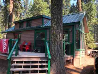 2 Night Stay in Cabin #30 by Lake of the Woods
