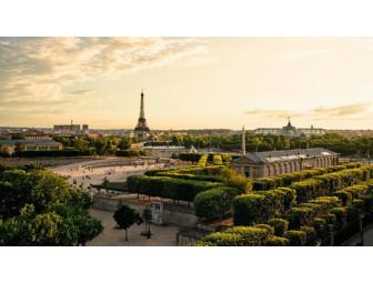 Fly to the city of lights ! Exceptional Stay, Tour and Dinner on the Eiffel Tower