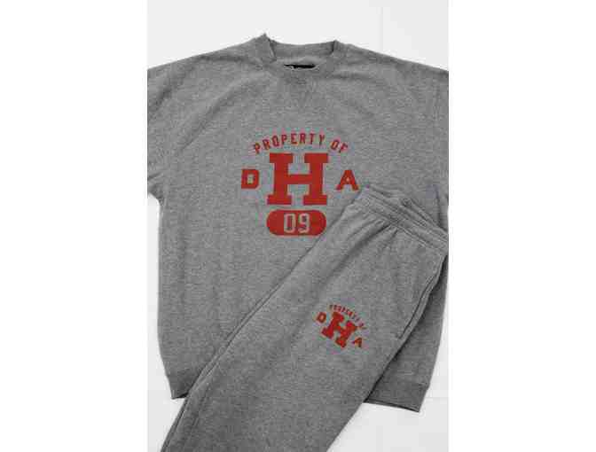Department of Harvard Athletics (DHA) '09 Set!
