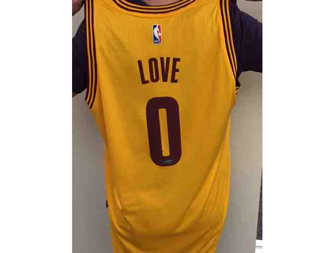 Kevin Love Autographed Jersey - Photo 2