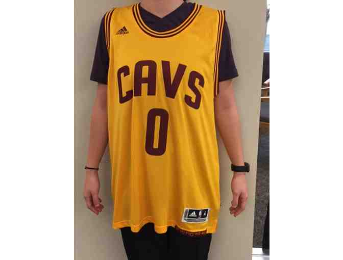 Kevin Love Autographed Jersey - Photo 1