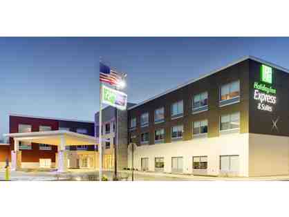 1 night stay with complimentary Breakfast at the Holiday Inn Express & Suites