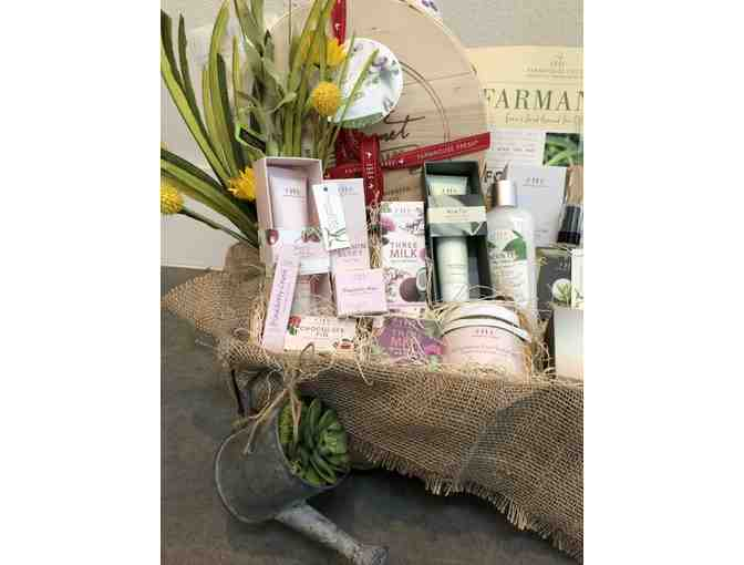 Farmhouse Fresh Basket of Goodies - Photo 2