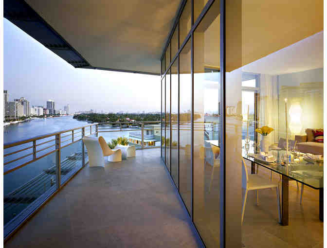 HIGH IN THE SKY: One week in a contemporary Miami aerie