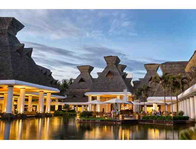 Sensational Resorts in Mexico or the U.S., Mexico or Contiguous U.S.
