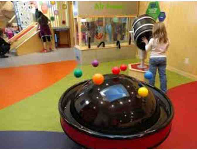A Free Day of Play for Four To The St. Louis Children's Museum Magic House