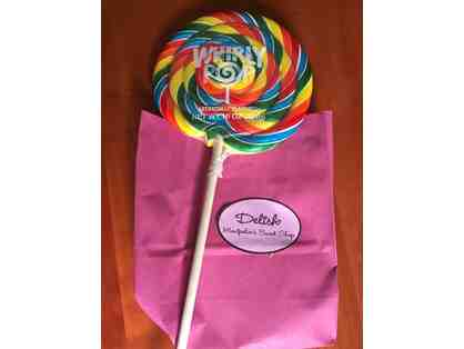 Delish Giant Lollipop