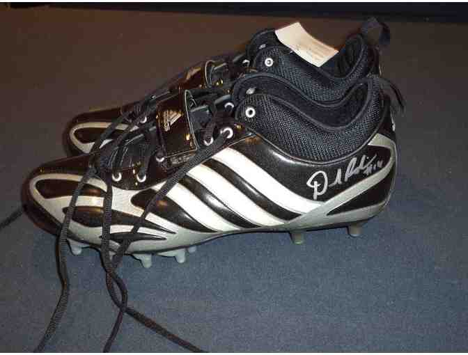 Denard Robinson autographed cleats- Get Shoelace's shoelaces and the rest of the shoe too!