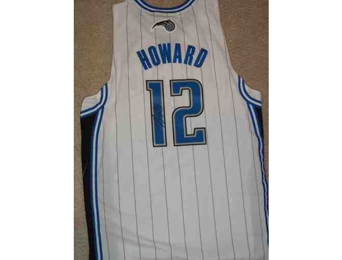 Dwight Howard autographed Orlando Magic jersey