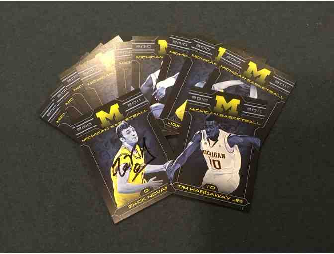 '10-'11 Michigan Basketball card set with Zach Novak card autographed