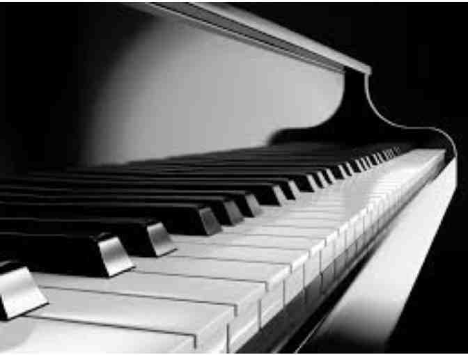 Six (6) half-hour Lessons in Voice or Piano (Mariemont)