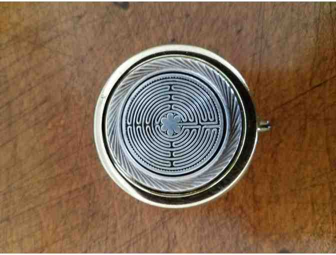 Labyrinth Pillbox