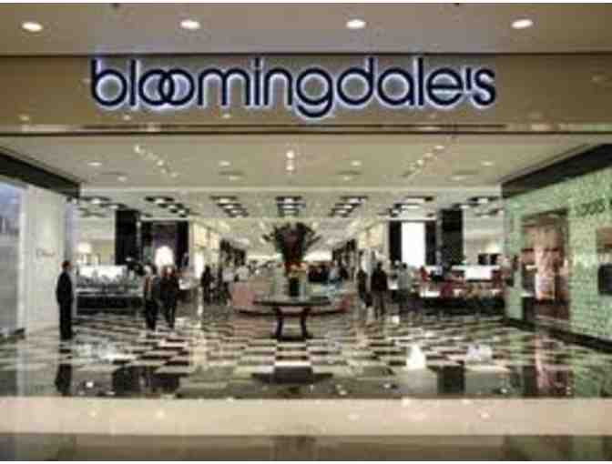 $100 Bloomingdales Gift Card