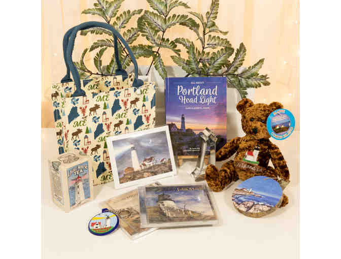 Maine Lighthouse Menagerie Gift Bag
