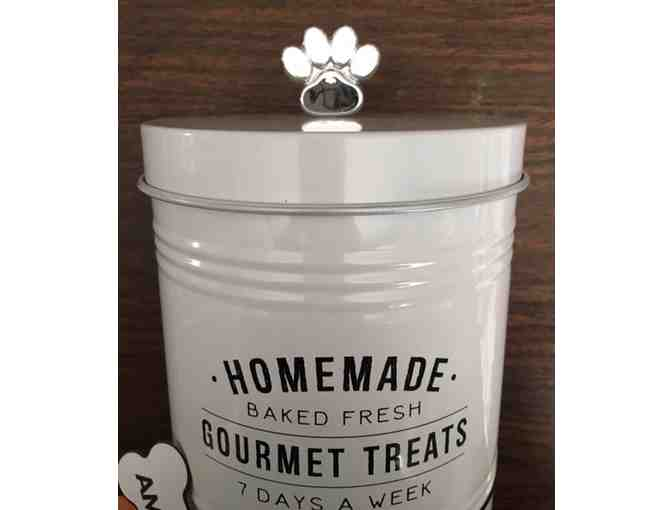 Treat tin and homemade dog cookies