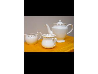Godinger Cream Lace Tea Set