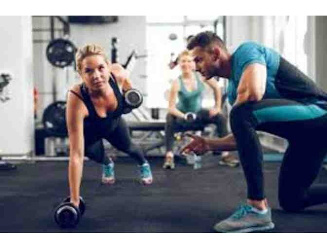 2 RESIDENTIAL PERSONAL TRAINING SESSIONS WITH FITNESS DOCTOR