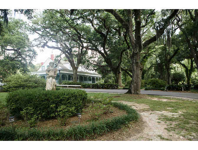 Southern History Tour at Myrtles Plantation