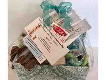 Bed & Biscuit - Groomingdales Gift Basket and More!