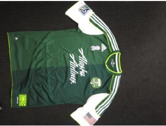 Portland Timbers 2012 Breast Cancer Awareness jersey signed by Jack Jewsbury - Photo 2