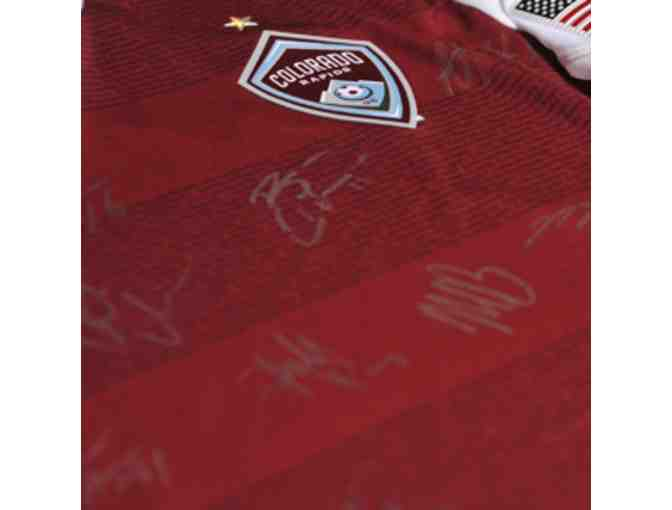 2013 Colorado Rapids Team autographed burgundy jersey