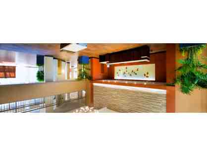 Overnight Stay in 2-Room Suite Embassy Suites by Hilton, Cincinnati NE - Blue Ash, OH