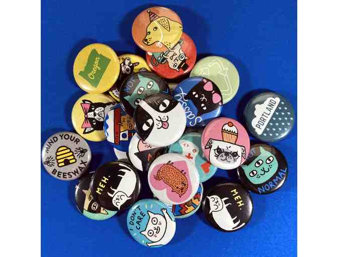 100 Custom One Inch Buttons - Photo 1