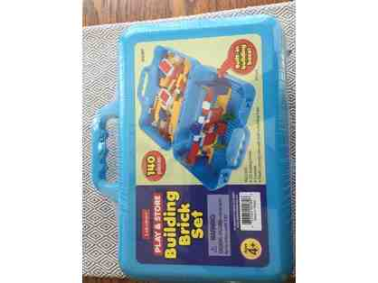 Building Brick Set from Lakeshore Learning (140 Pieces)