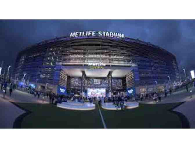 Three VIP Giant vs Eagles 12/29/2019 1:00 PM at Metlife Stadium in Rutherford, NJ - Photo 3
