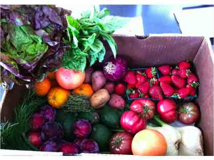Build your own perfect harvest box with a $50 gift certificate from Local Harvest Delivery