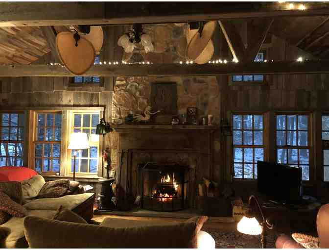 Weekend Stay at Charming Mountain Cabin