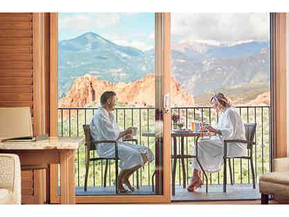Garden of The Gods Collection Overnight Stay & Breakfast for Two
