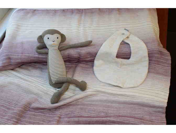 Baby Blanket, Bib and stuffed toy from Maude