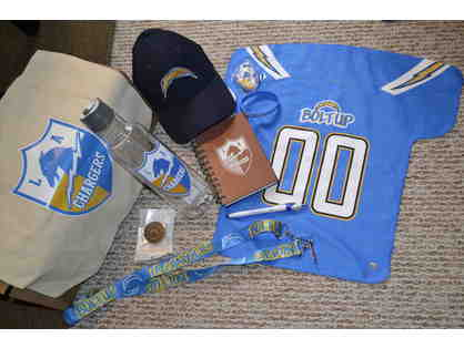 LA CHARGERS Fan Gear Pack