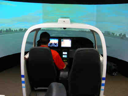 Independence Aviation - 1 hour flight in an SR22 Cirrus Simulator with an IA Instructor