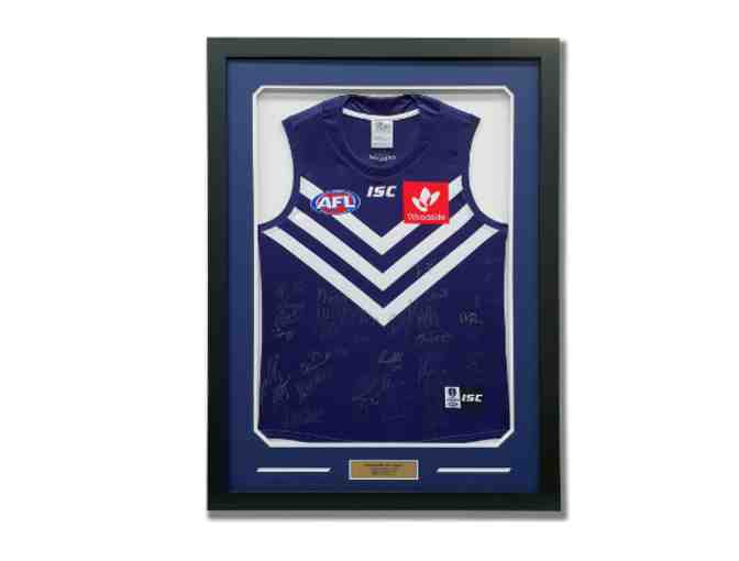 Signed 2018 Dockers Jersey - Framed