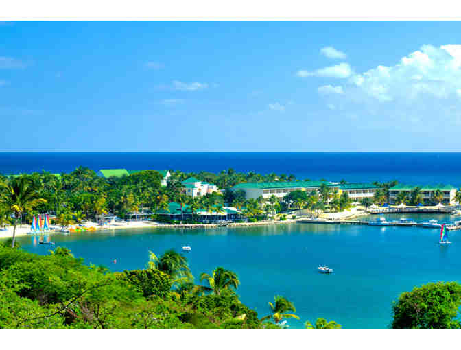 St. James's Club & Villas (Antigua): 7 nights lux. accommodations for 2 rooms