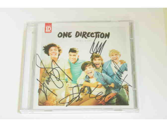 SIGNED BY ONE DIRECTION!!!! Up All Night CD signed by Niall, Zayn, Liam, Harry & Louis!