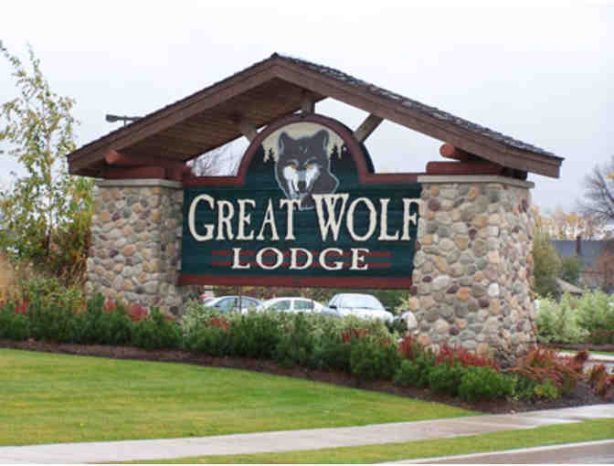 2 Night Stay - Family Suite at Great Wolf Lodge - Pocono's - Photo 1