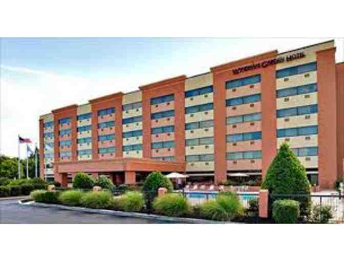 1 Night Stay at the Hotel Indigo Harrisburg-Hershey and 2 Hershey Park Tickets - Photo 1