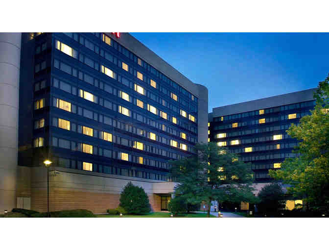 1 Night (Friday or Saturday Stay)  at Marriott - Newark Airport with Breakfast and Parking - Photo 1